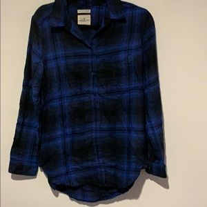 New, but tags cut. American Eagle Plaid Shirt
